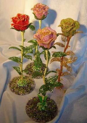 мастер класс цветочки из бисера - О том, как плести бисером.