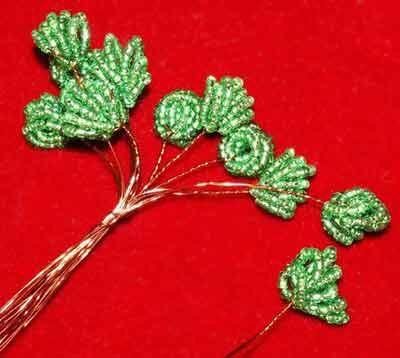 деревья из бисера, бонсай из бисера, бисерные деревья, нанизать бисер на проволоку, деревце бонсай, бисер...