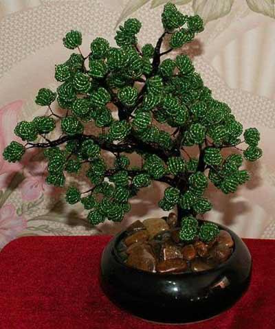 Вместе с мужем мы придумали необычную технику изготовления шариков для бисерных деревьев и решили с вами поделиться...