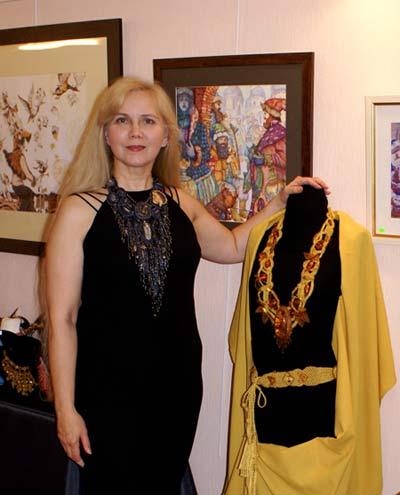 выставка в Париже, бисер, украшения из бисера.